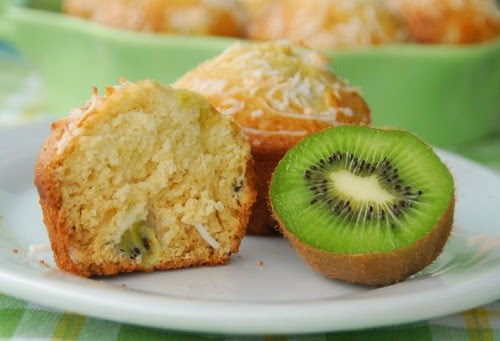 kiwi muffins with fruit