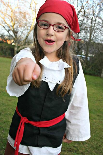 pirate girl 4