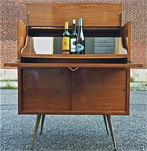 Mid Century Modern Bar Cabinet Ideas – HomesFeed