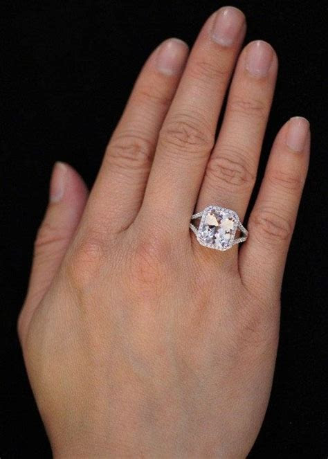 Best 25  Split shank ideas on Pinterest   Round diamond