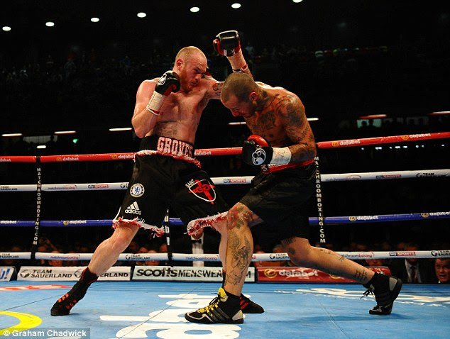George Groves defeated Italian Andrea Di Luisa in five rounds at the Copper Box on Saturday night