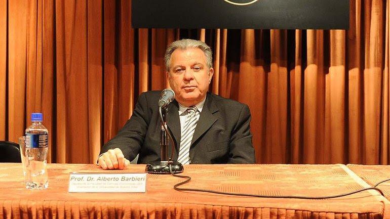 Alberto Barbieri fue elegido rector de la UBA.