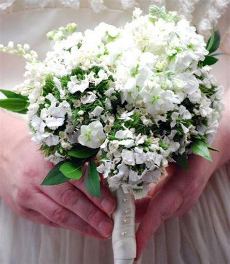 Royal Wedding Bridal Bouquet on a Budget   OneWed
