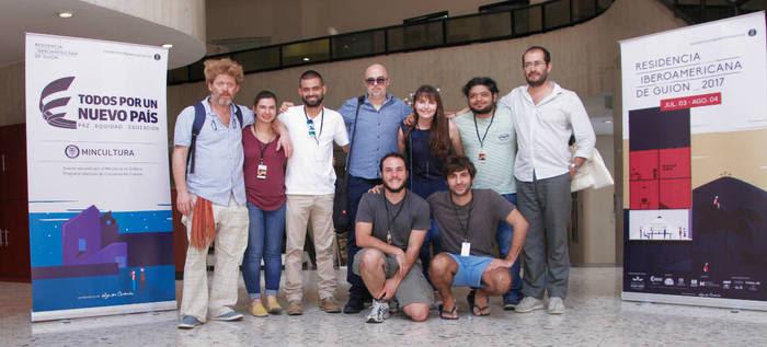 Dos cineastas caleños reciben becas para fortalecer sus guiones con  reconocidos directores internacionales