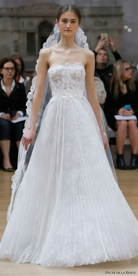 Oscar de la Renta Spring 2018 Wedding Dresses ? New York