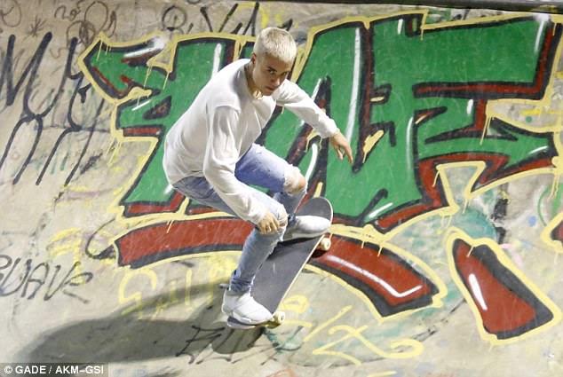 Rolando longitudinalmente: Justin aumentou seu jogo no parque