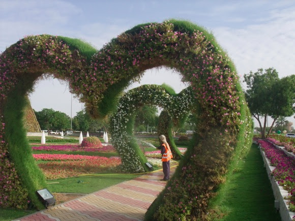 Al-Ain-Paradise-Hanging-Gardens-2-11