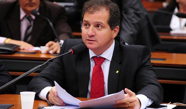 Deputado Simplício Araújo