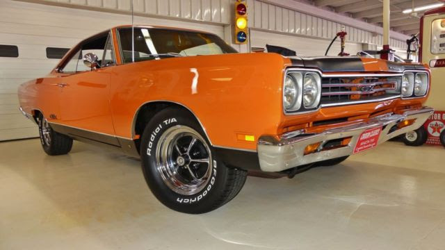 1969 Plymouth Gtx 99586 Miles Vitamin C Orange 2 Door Hard Top 440 Manual 4 Spe For Sale Photos Technical Specifications Description