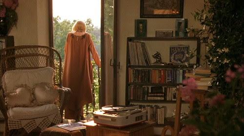 myhouseinumbria_sittingroom.books