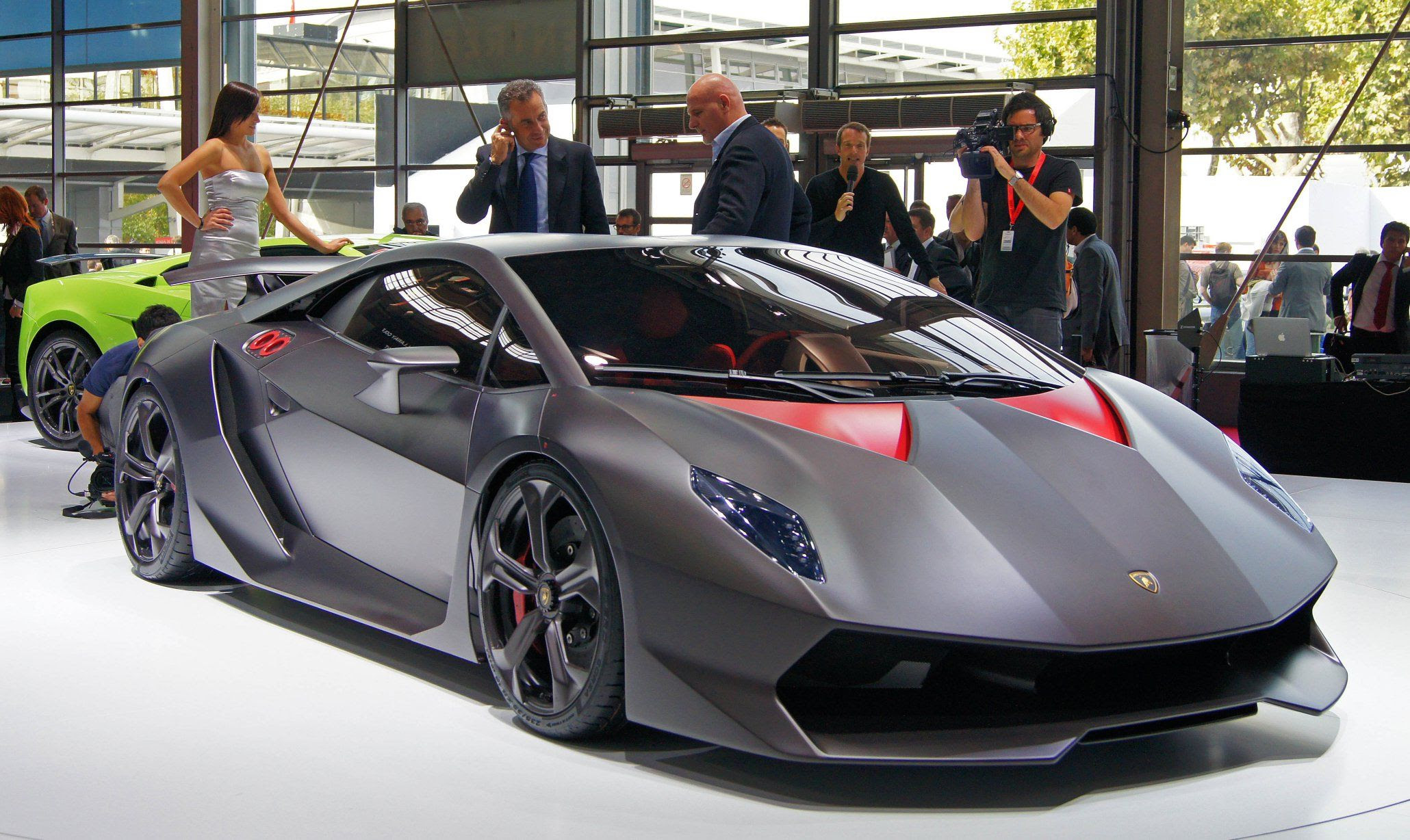 Lamborghini Sesto Elemento Autocar Regeneration