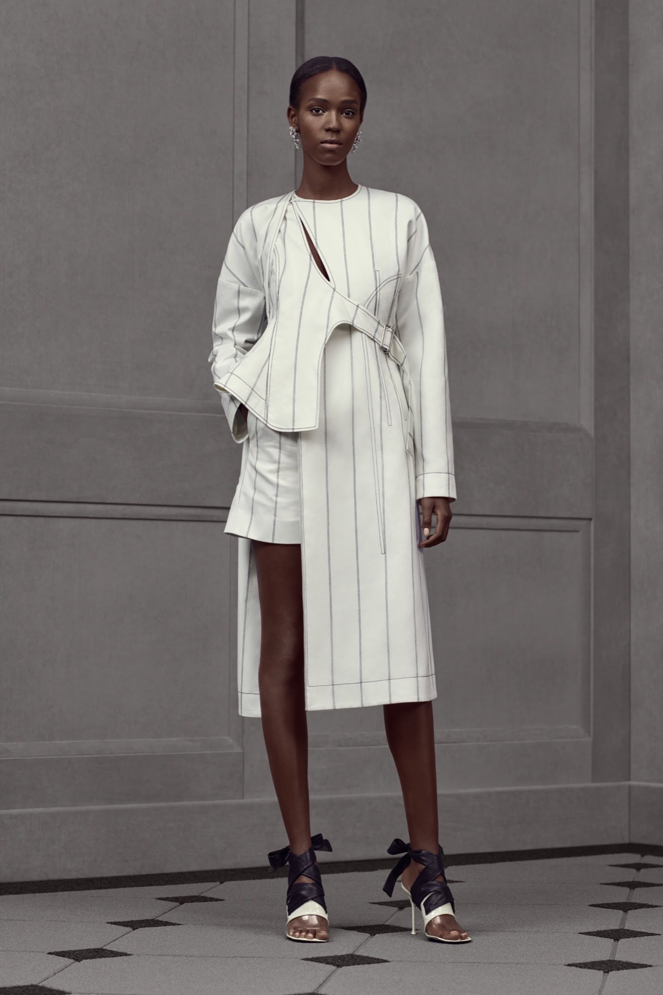 balenciaga-resort-2016-the-impression-12