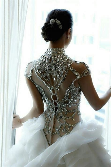 Wedding Dress Back Designs to Die For   Philippines