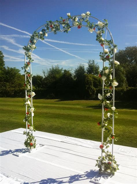 Wedding Arch   Beyond Expectations Weddings & Events