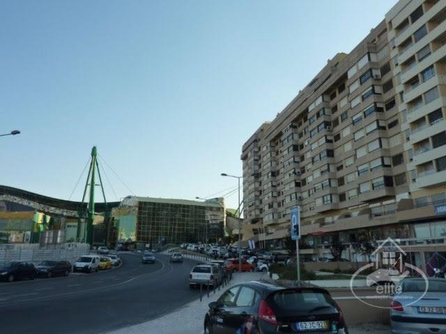 http://www.imobiliariaelite.pt/imovel/2462274/apartamento-c-5-assoalhadas-e-terraco-no-lumiar-spread-reduzido-100-financiamento--lisboa