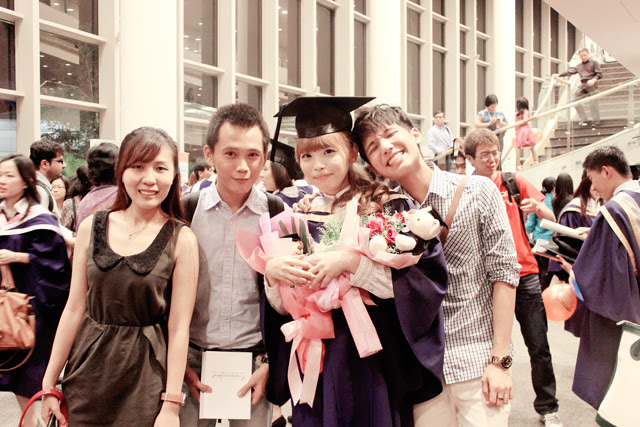 fingers at ting's convocation
