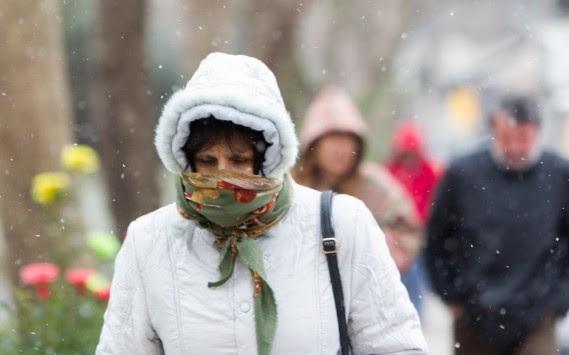 Από την άνοιξη, ξανά στο χειμώνα - Χαλάει πάλι ο καιρός, πέφτει η θερμοκρασία - Έκτακτο δελτίο από την ΕΜΥ