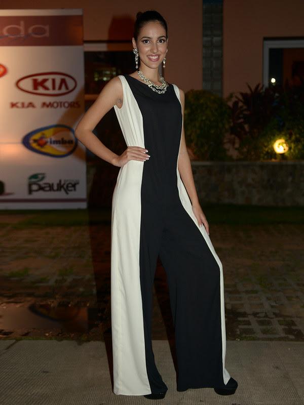 Tamara Perez-Rojas vistiendo un vestido de Auttore