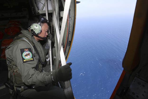 RSAF plane searches for MH370