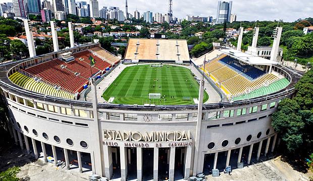 Vista aérea do estádio do Pacaembú nesta terça-feira (16), sede da partida entre São Paulo e The Strongest nesta quarta-feira (17), válida pela fase de grupos da Libertadores. - Foto Marcelo D. Sants/FramePhoto. *** PARCEIRO FOLHAPRESS - FOTO COM CUSTO EXTRA E CRÉDITOS OBRIGATÓRIOS *** pacaembu aerea fachada