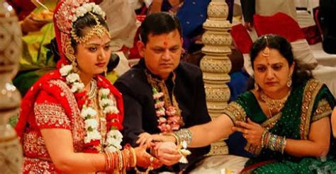 Hindu Gujarati Wedding Rituals, Ceremonies And Customs