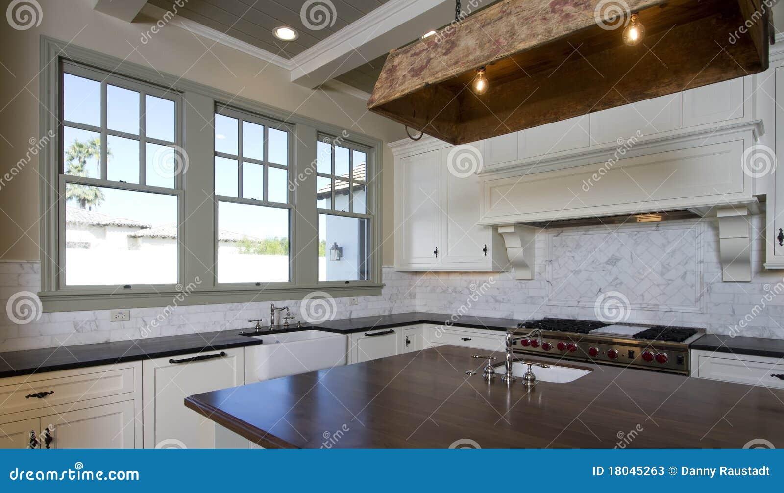 White Cottage Style Kitchen