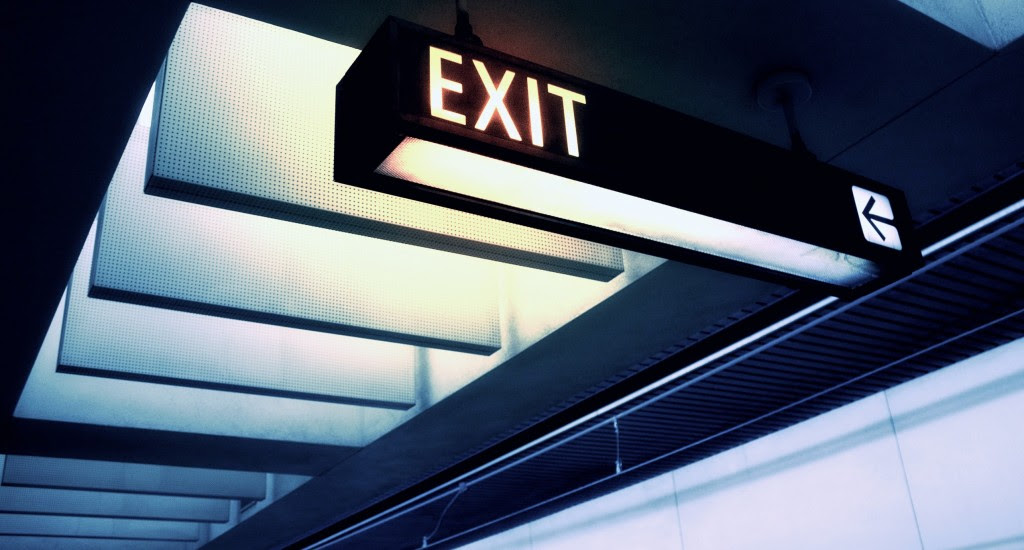 exit-sign_00420286