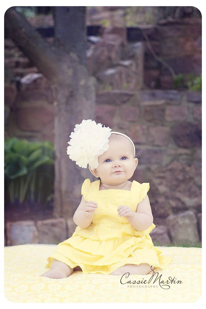 i heart faces {yellow}