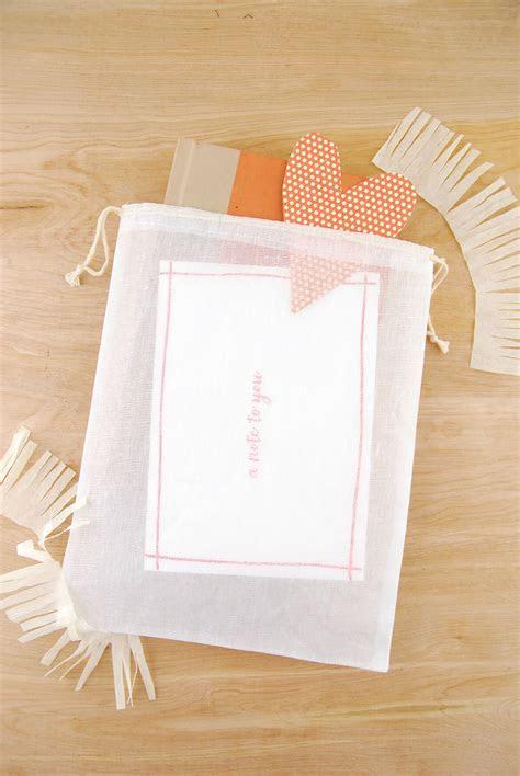 Muslin Favor Bags White 8x10in
