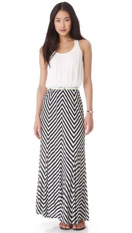 5 Summer Maxi Dresses You'll Love   theglitterguide.com