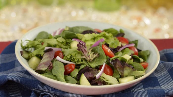 Mixed Green Salad ©Disney