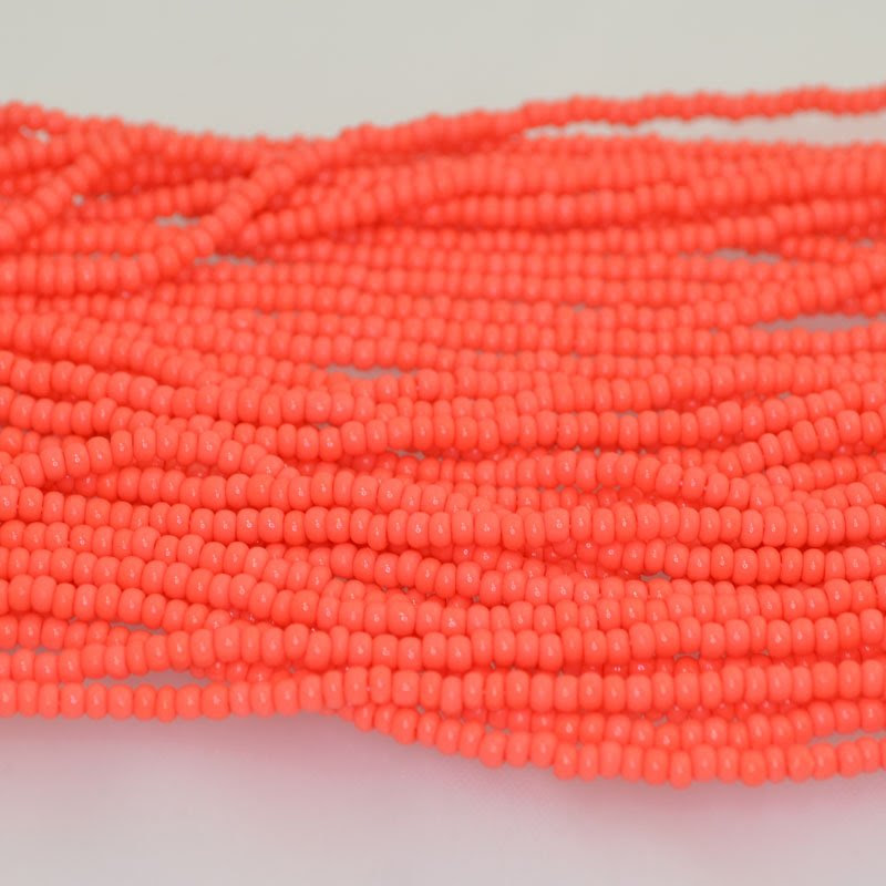 65201063b Czech Seedbeads - 8/0 Seedbead - Coral (500 g) (Bulk pack)