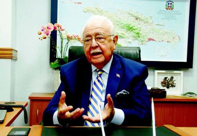 El ministro de Energía y Minas, Antonio Isa Conde.