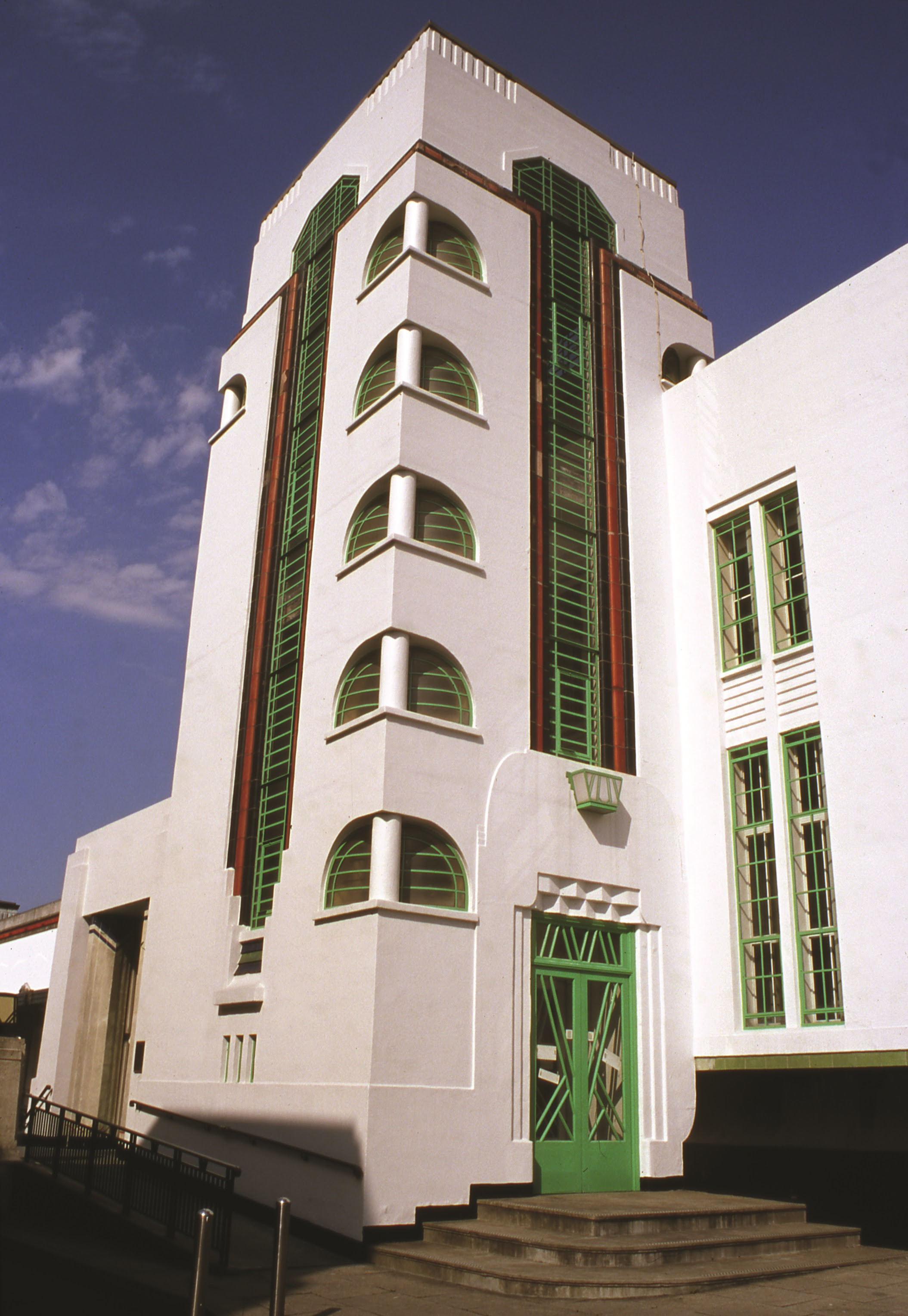 The Top 10 Best Art Deco Buildings In The World Designcurial