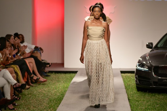 La Voix De La Mode
