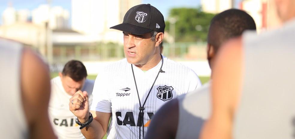 Marcelo Chamusca fez mudanças pontuais no Ceará que entra em campo contra o Oeste (Foto: Bruno Aragão/Cearasc.com)