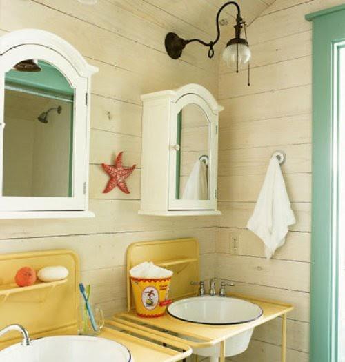 CreateGirl: Reclaimed Beach Bathroom