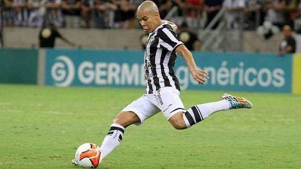 Fernandinho pode voltar ao time depois de lesão
