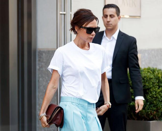 Victoria Beckhan - cao thủ diện áo phông trắng chất lừ mọi lúc mọi nơi - Ảnh 2.
