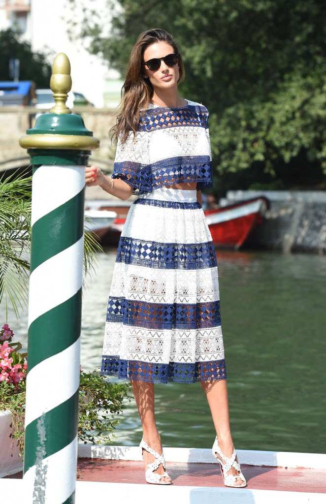 Alessandra Ambrosio out in Venice -14