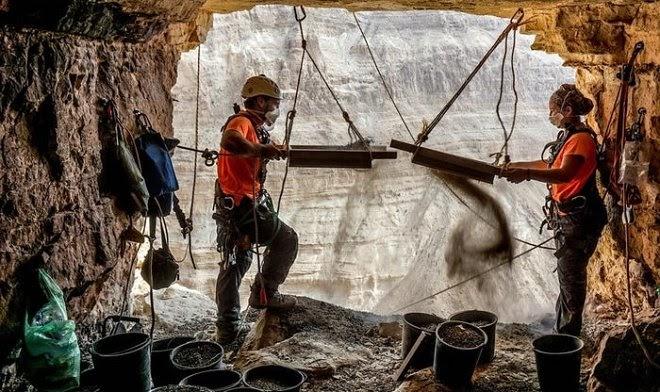 В израильской «Пещере ужасов» нашли самую древнюю корзину в мире