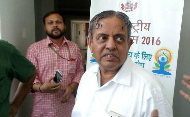पीएम नरेंद्र मोदी के योग गुरु से एक खास मुलाकात