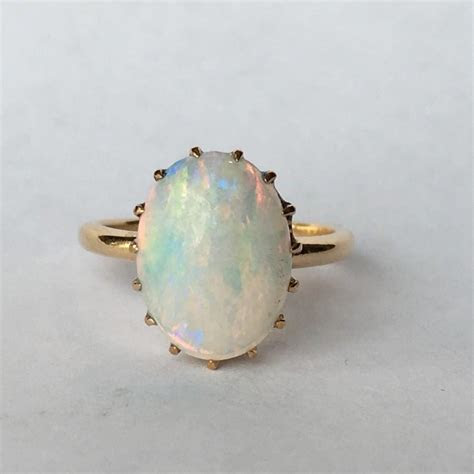 Vintage Opal Ring. 3 Carat White Opal In 14K Yellow Gold
