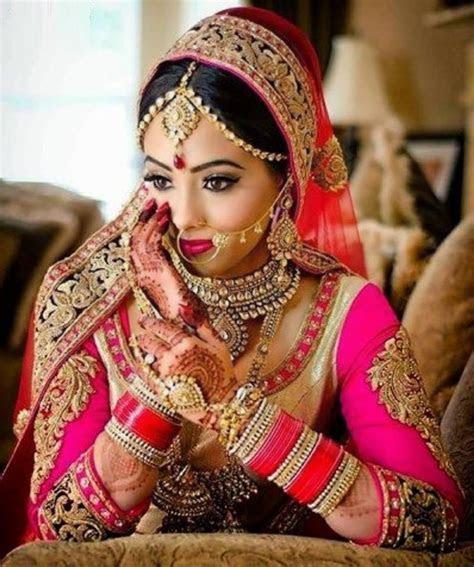 Top 10 Most Beautiful Indian Bridal Sarees Looks   Yabibo.com