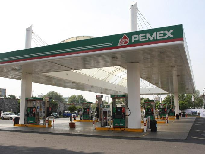 La gasolina Magna se venderá en 11.25 pesos por litro. Foto: Cuartoscuro
