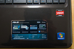 ASUS X5EAE: product stickers