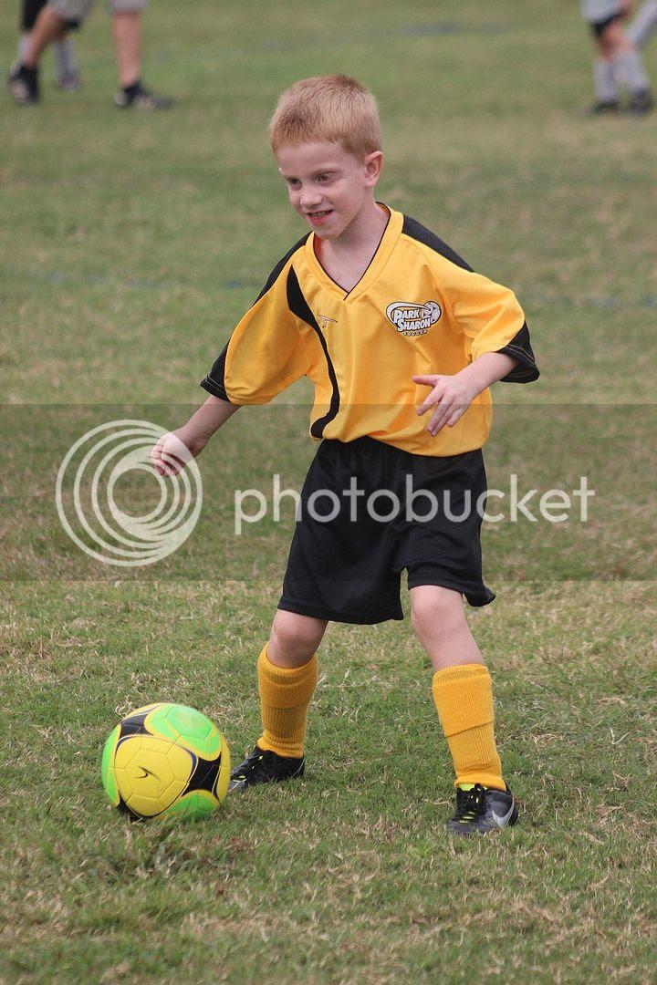 photo soccer11_zps5eac4f29.jpg