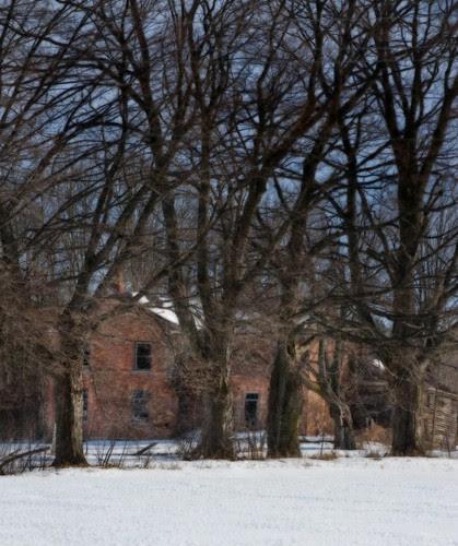 Orillia - Abandoned Farmhouse