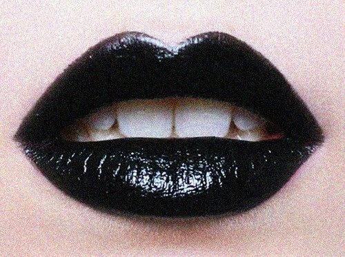 Dark Lips | @SingleFin_