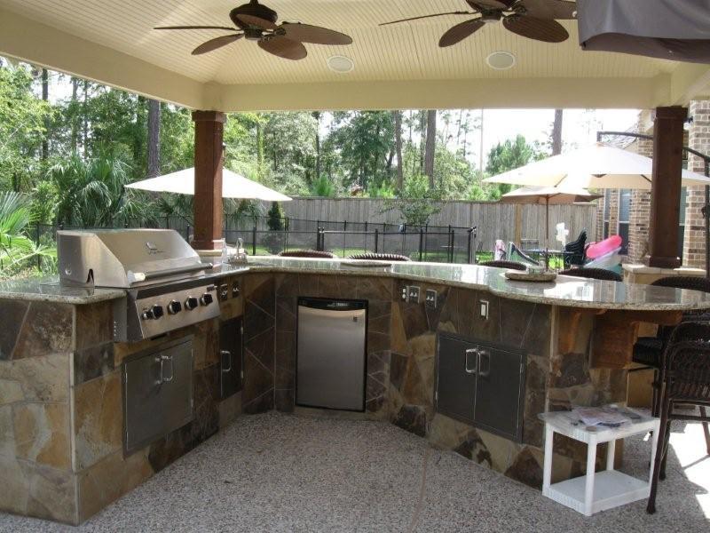Outdoor Kitchens | Outdoor Kitchen Designs | Outdoor Kitchen ...